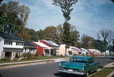 U.S. Quintaessential american 1960's suburban neighborhood, New Jersey // by Electro Spark via Flickr