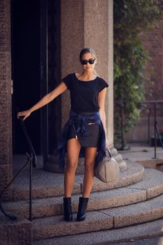 Skirt from IvyRevel // Acne t-shirt// shirt from Ginatricot // Alexander Wang rocco bag // Acne boots // RayBan wayfarers