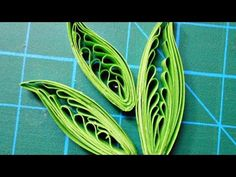 Quilling leaves using a comb, a technique originally developed by Anastasia Wahalatantiri (http://anastasiaw.blogspot.com/) and only presented by me. Please ...