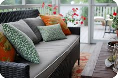 33 Shades of Green: Home Tour: Screen Porch