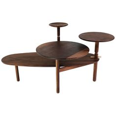 Shop side tables and other modern, antique and vintage tables from the world's best furniture dealers. Tree Trunk Coffee Table, Table 19, Vintage Table, Cool Furniture, Lotus, Mid Century, Antiques, Madness, Modern