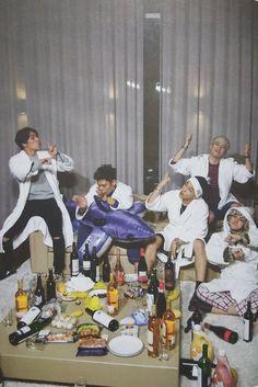 BIGBANG #BIGBANG MADE SERIES SPECIAL EDITION PHOTOBOOK Bigbang Live, Vip Bigbang, Big Bang, Daesung, Baby Baby, Bigbang Wallpapers, Sung Lee, Yg Artist, Bigbang G Dragon