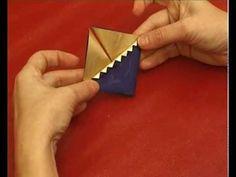 http://www.videosmart.hu - Az alábbiakban egy izgalmas, különleges formájú díszt készítünk, amit akár karácsonyfadíszként is felhasználhatunk.