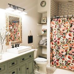 This bathroom gives me all the feels! Everything is beautiful! My friend @alliemboss flipped her lovely farmhouse and now she is onto another one. I look forward to seeing it all unfold and know you will too! Go show her some love ❤️