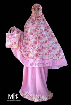#Mukena Lukis Tangan Seri Full Katun. Bahan 100% Katun Jepang, Ukuran Jumbo Standart Syar,i. Bahan Adem ga tembus pandang dengan tas yang kokoh dan jahitan rapi (Include)