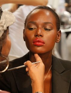 How to: Make Up Dark Skin  http://primped.ninemsn.com.au/how-tos/makeup-how-tos/how-to-make-up-dark-skin#
