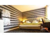 Shelves, Home Decor, Beautiful Hotels, Nice Asses, Shelving, Decoration Home, Room Decor, Shelving Units, Home Interior Design