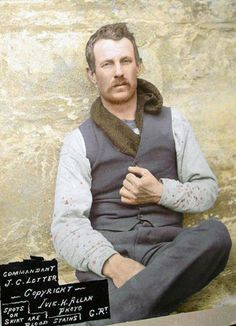 On October this beautiful young brave heart; Commandant Johannes Lotter was executed at Middelburg during the Anglo Boer War. Johan B, Black White Photos, Black And White, Union Of South Africa, Cape Colony, War Novels, Braveheart, Cornelius, Napoleonic Wars