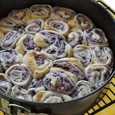 Yummy breakfast for holdiays! Blueberry cream cheese monkey bread!... Definitely making this !