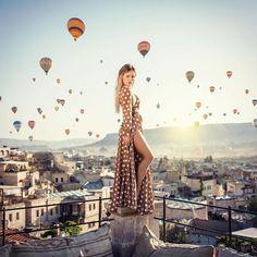 Cappadocia Dreams photo by : @by_burakyildirim model : @oabramovich @olyalyalife @sultan_cave_suites https://ift.tt/2u9hL3A #cappadocia #turkey #goreme #hotairballoon #travel