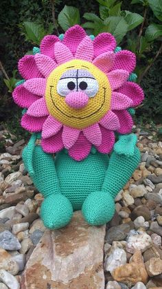 Free Amigurumi Flowers : 1000+ images about Flower 2 on Pinterest Crochet ...