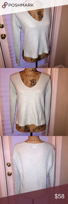 NWT Halogen MINT Cashmere Waffle Knit Sweater Brand new with tags mint green colored waffle Knit sweater. Size small. From Nordstrom and by Halogen. Made of 100% Cashmere. 💖I do not trade. I do not hold item. I ship within 2 business days of your order. I do accept reasonable offers. Thank you for looking! 🚭🐩 b2 Halogen Sweaters Crew & Scoop Necks