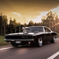 Badass Dodge Charger … just the best muscle car in my opinion! Badass & # 68 Dodge Charger … in my opinion the best muscle car! Dodge Charger 1968, Charger Rt, Doms Charger, Muscle Cars Vintage, Vintage Cars, Best Muscle Cars, American Muscle Cars, Muscle Toys, Dream Cars