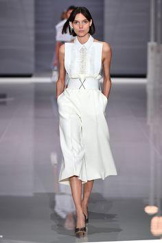 Οι 211 καλύτερες εικόνες από τον πίνακα fashion στο Pinterest  0f450e0e3d5