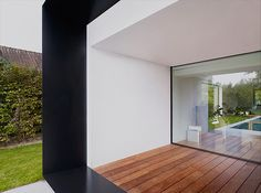 Graux Baeyens modern architecture house