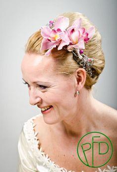 orchids for the bride #weddingideas
