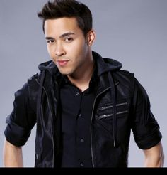Team Royce (for me he has a strong team...but we will see..its still early! )