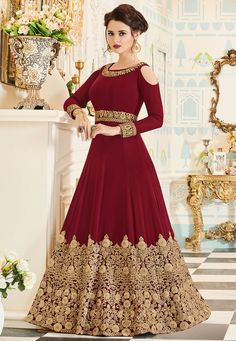 Looking to buy Anarkali online? ✓ Buy the latest designer Anarkali suits at Lashkaraa, with a variety of long Anarkali suits, party wear & Anarkali dresses! Designer Anarkali, Designer Salwar Kameez, Designer Gowns, Indian Designer Wear, Trajes Anarkali, Anarkali Gown, Long Anarkali, Indian Anarkali, Anarkali Bridal