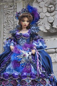 BJD: Queen in the Palace Ruins by Martha Boers / Antique Lilac