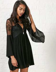 #ARKLOVES doing halloween with some glamour - Hearts and Bows Denzel Lace Top Dress