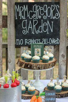 Peter Rabbit Party cupcakes