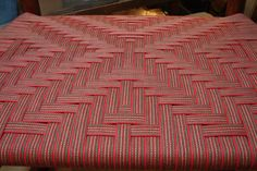Cross in red/olive/beige stripe Red Olive, Weaving, Beige, Quilts, Blanket, Patterns, Chair, Home Decor, Block Prints
