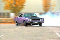 B body drift Weird Cars, Cool Cars, Crazy Cars, Plymouth Muscle Cars, Plymouth Gtx, Custom Muscle Cars, Dodge Coronet, Dodge Chrysler, American Muscle Cars