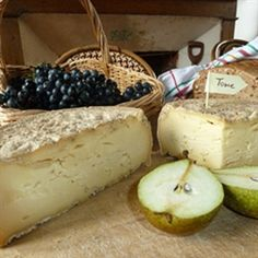 Come produrre formaggio e toma in casa - Tom Press Mozzarella, Parmesan, Lab, Queso Cheese, Homemade Cheese, Camembert Cheese, Yogurt, Ricotta, Dairy