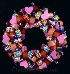 Valentine's+Day+Candy+Wreaths   Paper Loop and chocolate wreath for Valentine's Day diy