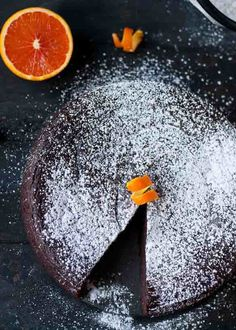 Chocolate Orange Cake -- A gluten free, 7 ingredient, blender chocolate cake!