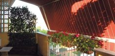 Balcone con tenda a braccio estensibile grandangolo - tende da sole #awnings