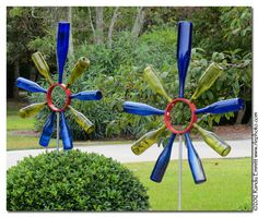 """Oh!!! I LOVE THESE FLOWERS!! :) :)  I am not a big fan of """"bottle things"""" bc, well, they can be quite TACKY. But these are perfect!!! Randy & Meg's Garden Paradise: Bottle Flowers from Kure Beach"""