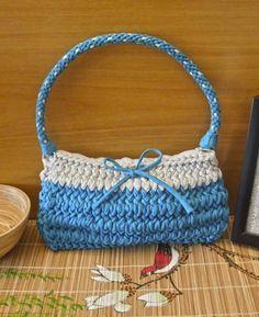 BOLSO AGAPANTO http://www.badoom.es/tienda/bolsos/bolsos-de-trapillo/