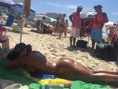 Argentinas chamaram a atenção em praia carioca - Foto: MF Models Assessoria