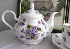 Teapot Wild Violets New Springfield English Bone China 4-6 Cups Large Tea Pot - Antiques And Teacups - 1