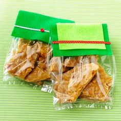Simple & Delicious (December/January 2014): Maple-Spice Cashew Brittle