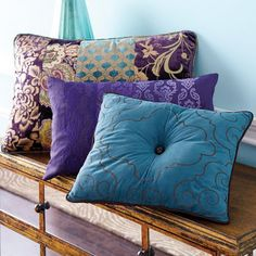.LOVE PURPLE AND THIS SHADE OF BLUE TOGETHER