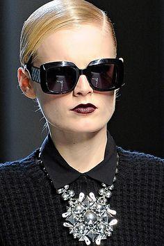 Buy sunglasses online and get up to discount. Buy Sunglasses Online, Stylish Sunglasses, Sunglasses Outlet, Ray Ban Sunglasses, Divas, Bijou Box, Fashion Accessories, Fashion Jewelry, Bottega Veneta