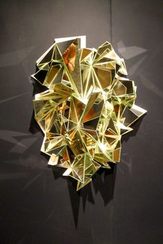Matthias Kiss' mirror art