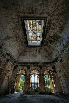 Lost | Forgotten | Abandoned | Displaced | Decayed | Neglected | Discarded | Disrepair | - Cris Figueired