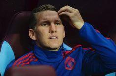 AC Mailand, Inter Mailand, USA, China? Bastian Schweinsteiger hat die Qual der Wahl. Nur eines ist sicher: Bei Manchester United hat der beliebteste deutsche Fußballer keine Zukunft mehr.