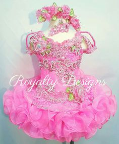 Gorgeous glitzed beauty dress. See website for ordering your fabulous new design Www.royaltydesigns.net Glitz Pageant Dresses, Pageant Wear, Beauty Pageant, Princess Tutu Dresses, Baby Girl Dresses, Girl Outfits, Pretty Dresses, Beautiful Dresses, Toddlers And Tiaras