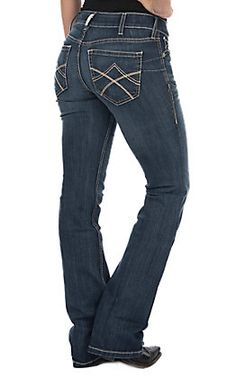 23 best Running Shoes with Jeans Outfits - Outdoor Click Cowgirl Jeans, Western Jeans, Cowgirl Style, Cowgirl Boots, Shoes With Jeans, Jeans And Boots, Trousers Women, Pants For Women, Trouser Jeans