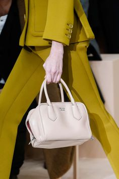 Mailand Fashion Week Herbst/Winter 2015/16: Moschino, Prada & Co. - GLAMOUR MOBILE