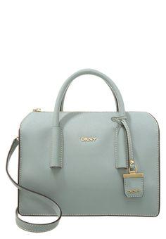 Bryant Park, Mode Shop, Fly London, Handbag Accessories, Calvin Klein, Kate Spade, Converse, Blue, Fashion