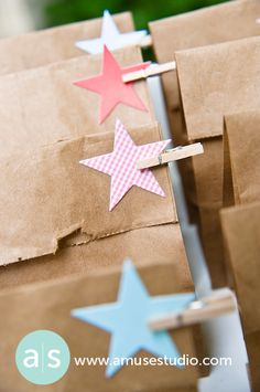 Patriotic Decorating With Stars + Free Star Template! 1 Year Birthday, Birthday Parties, Birthday Ideas, Twinkle Twinkle, Twinkle Star, African Christmas, Star Template, Diamonds In The Sky, Bastille Day