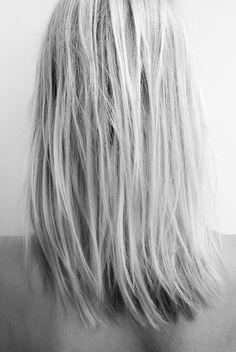 layered, straight, medium-length hair- I want for my hair