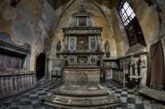Abandoned Evangelical Church. Opuszczony kościół ewangelicki