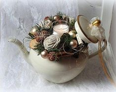 Gesteck weihnachten - New Ideas Etsy Christmas, Rustic Christmas, Christmas Wreaths, Christmas Crafts, Xmas, Christmas Arrangements, Christmas Centerpieces, Christmas Decorations, Holiday Decor