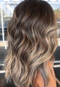 28 Latest Hair Color Trends for Winter 2019 28 Lat. 28 Latest Hair Color Trends for Winter 2019 28 Latest Hair Color Trends for Winter 2019 Brown Blonde Hair, Brown Hair With Highlights, Light Brown Hair, Brown Hair Colors, Trendy Hair Colors, Balayage Hair Brunette With Blonde, Dark Hair, Brunette Color, Blondish Brown Hair